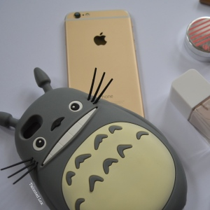 Talonted-Lex-August-2015-favourites-totoro-phone-case-iphone-6