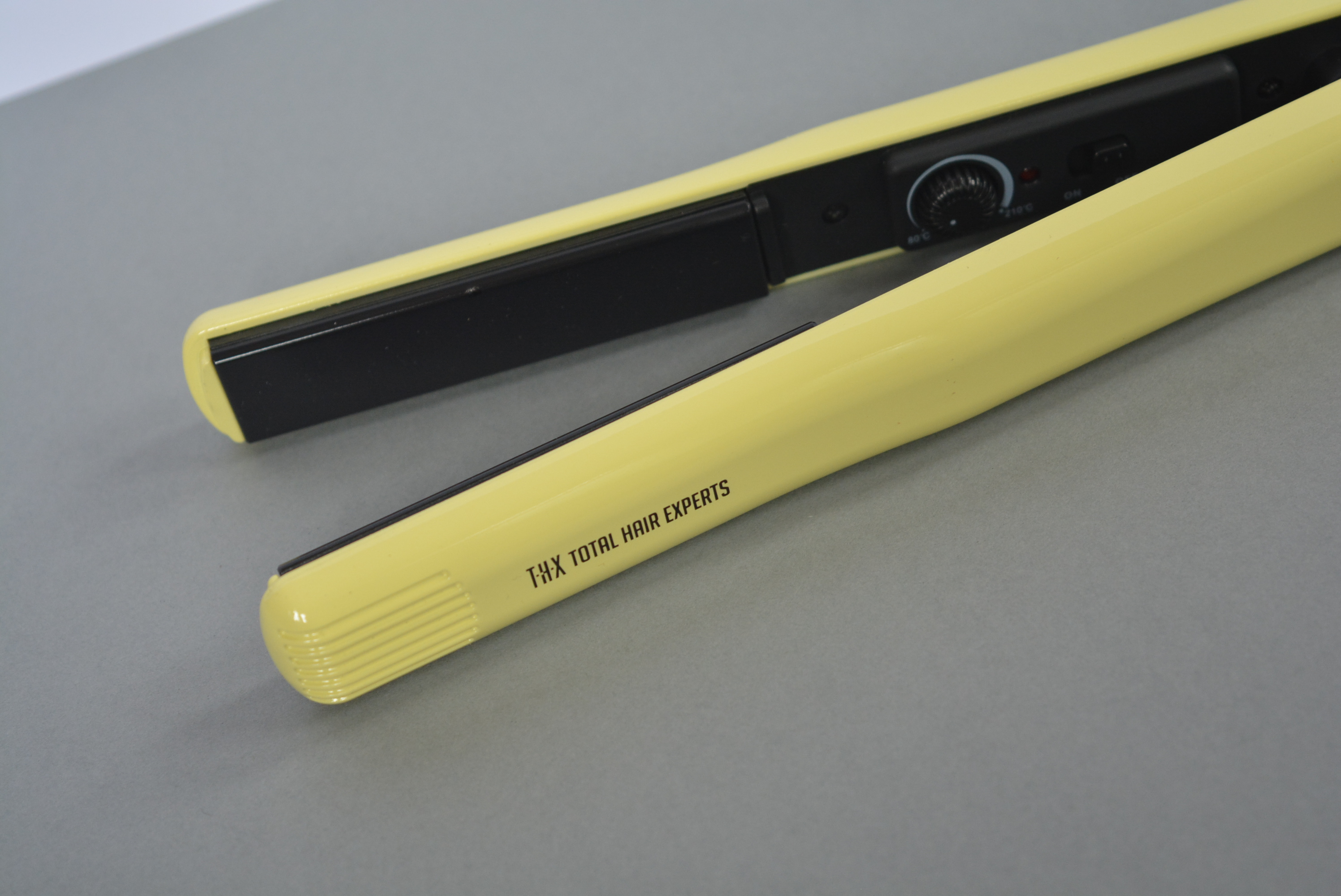 THX-Travel- Hair-Straightener-Yellow-Review-Talonted-Lex-4