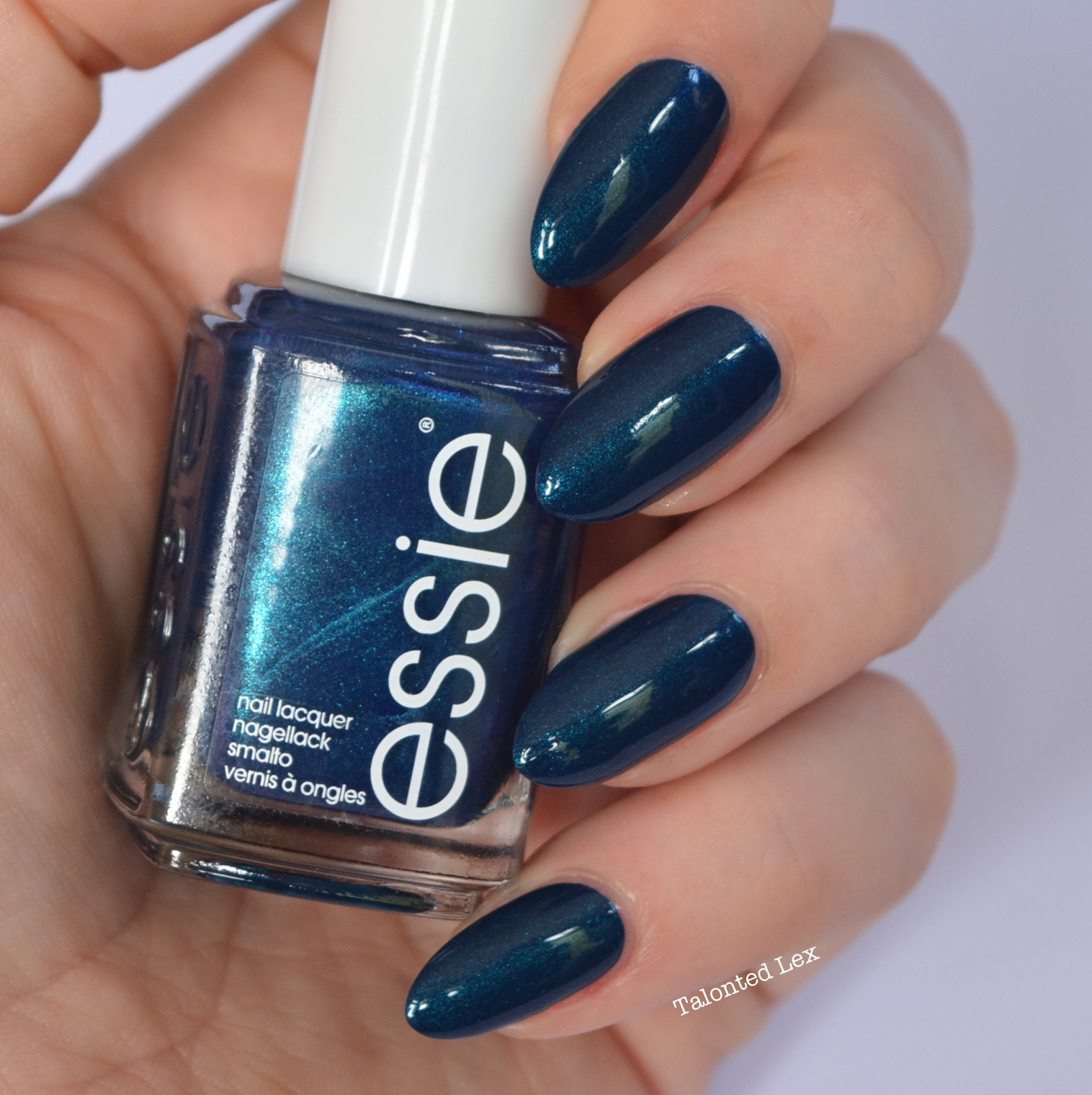 essie-fall-collection-talonted-lex-review-with-swatches-bell-bottomed-blues
