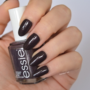 essie-fall-collection-talonted-lex-review-with-swatches-frock-n-roll
