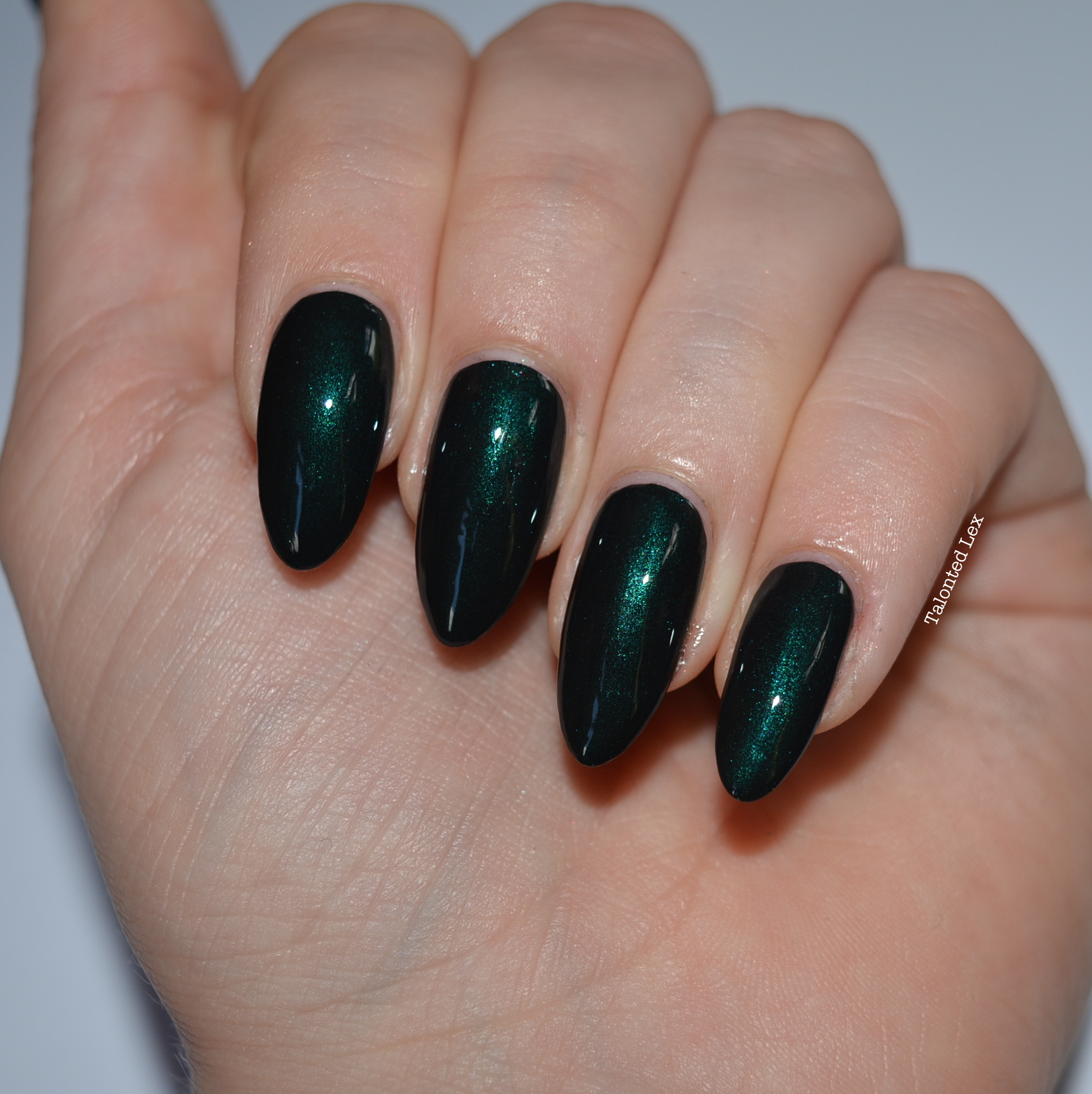 HJ-nail-varnish-review-Alpine-Green-talonted-lex-2