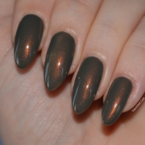 HJ-nail-varnish-review-Vintage-Bronze-talonted-lex-2