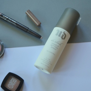 September-15-Monthly-Beauty_Lifestyle-Favourites-Talonted-Lex-Urban-Decay-Deslick-Setting-Spray