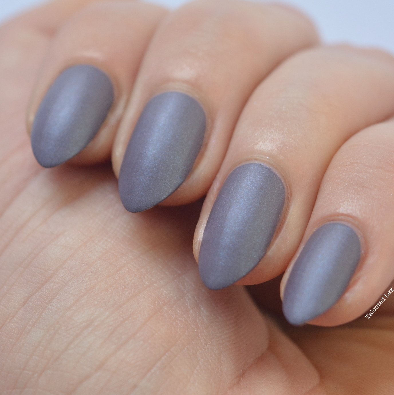 essie-Cashmere-Collection-matte-review-swatches-coat-couture-talonted-lex