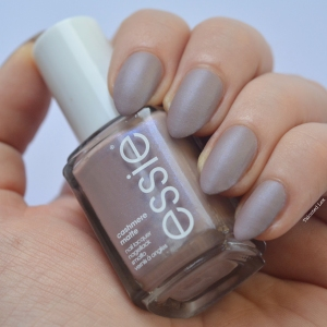 essie-Cashmere-Collection-matte-review-swatches-comfy-in-cashmere-talonted-lex-3