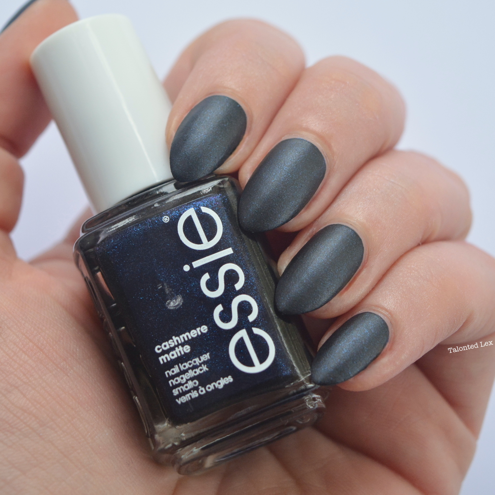 essie-Cashmere-Collection-matte-review-swatches-spun-in-luxe-talonted-lex-3