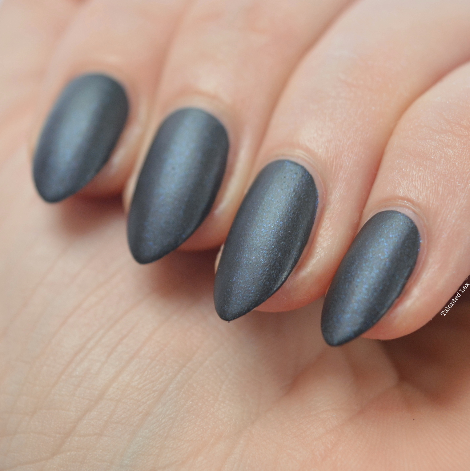 essie-Cashmere-Collection-matte-review-swatches-spun-in-luxe-talonted-lex