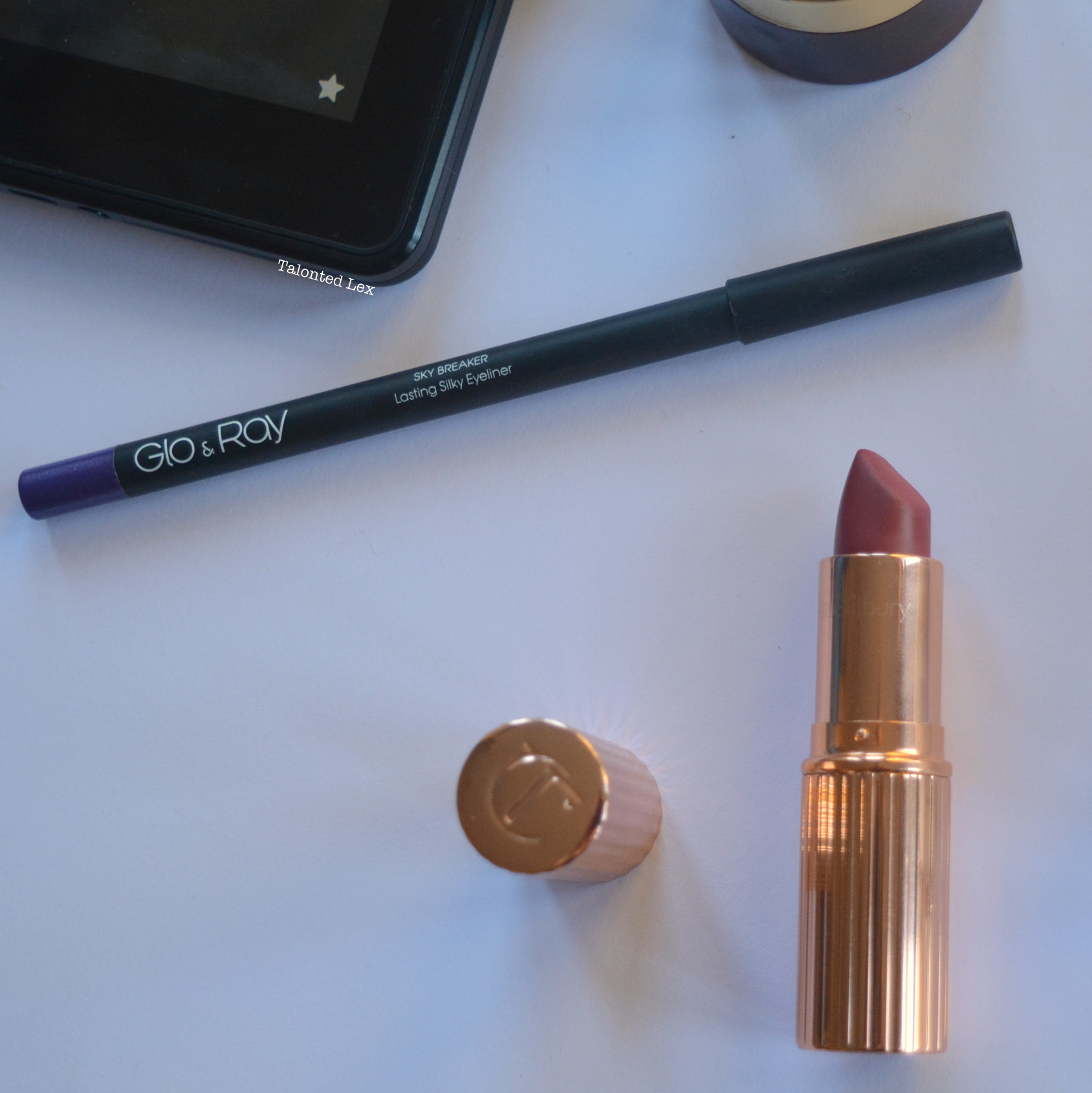 October-2015-Monthly-Beauty-and-Lifestyle-Favourites-Talonted-Lex-Charlotte-Tilbury-Glo-and-Ray-Eyeliner
