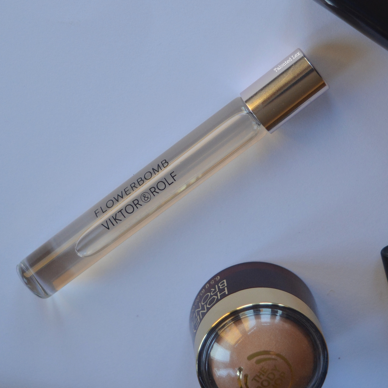 October-2015-Monthly-Beauty-and-Lifestyle-Favourites-Talonted-Lex-victor-and-rolf-flowerbomb-rollerball